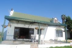 Farm Cottage @ Bernheim Wines located just to the North of Paarl, sleeps up to 4 Adults and 2 Children. Explore the wonderful Cape Winelands region of South Africa. Farm Cottage, Wines, Cl, Places, South Africa, Catering, Outdoor Decor, House, Explore