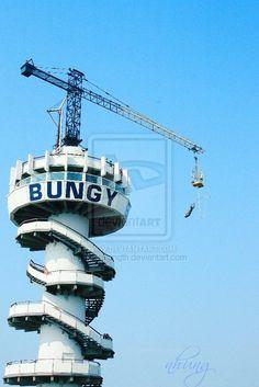 Bungee jumping on Scheveningen, the Hague, Holland