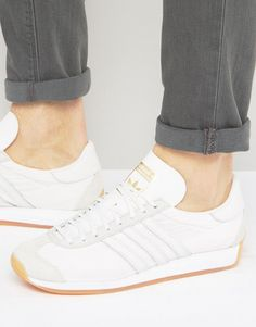 Shop the latest adidas Originals Country OG Sneakers trends with ASOS! Stan Smith Trainers, Stan Smith Sneakers, Sexy High Heels, Womens High Heels, White Adidas Originals, Adidas Country, Casual Fashion Trends, Sneakers Fashion, Men's Sneakers