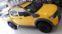 L200 Savana com rodas aro 15 Mitsubishi L200 4x4, Triton 4x4, Grand Vitara, Cool Trucks, Pickup Trucks, Offroad, Bmw, Jeeps, Vehicles