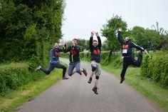 Une équipe de marcheurs motivés par le défi sportif et solidaire que représente le Trailwalker. Sports, Workout Challenge, Hs Sports, Sport