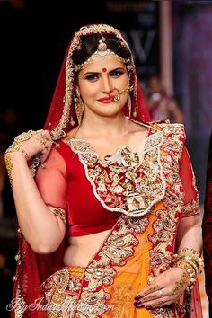 Zarine Khan for Swarovski at IIJW 2014