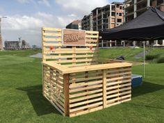 Reciclaje de palet, estructura totalmente desmontable, madera tratada con cera de abeja!
