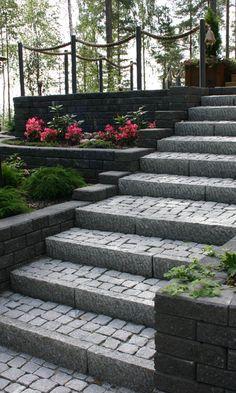 Tee itse rinteen kiveys | Meillä kotona Sidewalk, Plants, Side Walkway, Walkway, Plant, Walkways, Planets, Pavement