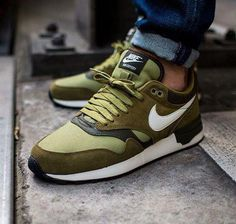 timeless design 33ed3 dee28 Nike Air Odyssey  Militia Green  Sneakers Chaussure Tendance, Chaussure  Homme Mode, Chaussure