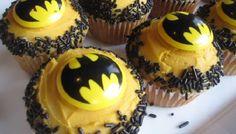 batman-cake-sprinkles
