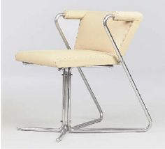 Armchair by J.J.P. Oud (designed 1933-34) Manufactured by Mertz & Co, chromed tubular steel and leather.