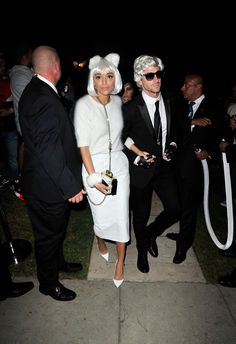 Pin for Later: Iddo Goldberg and Ashley Madekwe Make the Chicest Brit Couple in LA  Hilariously dressing as fashion mogul Karl Lagerfeld and his beloved kitty, Choupette, the pair spent Halloween at a party in Beverly Hills, CA.