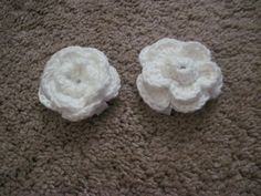 Set of 2 Handmade Exquisite Small Flower Clips for Young Girl - pinned by pin4etsy.com