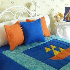 Miniature Blue & Orange Hand Quilted Dollhouse Quilt and Matching Decorator Pillows, 1/12 Scale, Sheet Set with Bed Pillows,Crocheted Afghan