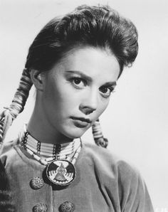 Still of Natalie Wood in The Searchers (1956)