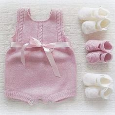 babyclothing,babyclothes-baby babyclothing babyclothes babybooties babyromper romper bow babyknitwear handmade babygirl yarn instaknit be Baby Knitting Patterns, Baby Girl Patterns, Knitting For Kids, Crochet For Kids, Baby Outfits, Knit Baby Sweaters, Romper Pattern, Knitted Romper, Baby Kind
