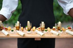 We lovely lovely canapés Wedding Canapes, Appetizer Recipes, Appetizers, Monochrome Weddings, Outside Catering, Catering Display, New Cooking, Food Displays, Food Decoration