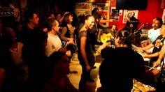 festa caliente by PAGODE DO JAMBO en BRAZIL TIME Casa Latina Bordeaux 27...  BRAZIL TIME à la CASA LATINA ( bordeaux)  21H00 BAL BRESILIEN !!!!!! minuit TAÏNOS TIME !!!!!!  CASA LATINA devient pour la soirée CASA DO BRAZIL ! avec les musiciens du groupe PAGODE DO JAMBO ! La voix et la danse sont à l'honneur comme dans la plupart des musiques brésiliennes. !  PAGODE DO JAMBO, c'est 5,6 musiciens passionnés par leur pays et leurs traditions !!