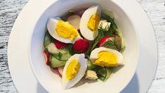 Die vitaminreichen Knollen treffen in diesem Salat auf knackige Salatgurke, gekochte Eier und frischen Dill. Jetzt Rezept entdecken!
