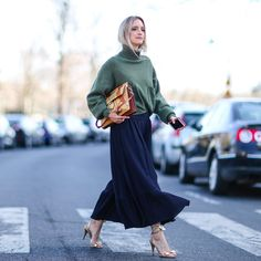On the first day that really feels like Spring, you can be sure you'll spy women in breezy statement dresses. They're designs they have probably been stowing These Girls, Passion For Fashion, Spring Outfits, Personal Style, Normcore, Street Style, My Style, Lady, Fashion Tips