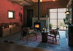 ジャパネスクハウス 程々の家のご紹介。何事も程々が一番だと思わせる家。西洋に走る過ぎることもなく、日本の伝統に凝りすぎることもない。造り過ぎず、飾り過ぎず。ログハウス・木の家のBESSです。
