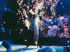 This is so amazing of Stevie Fleetwood Mac Tour 2014