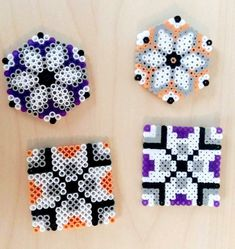 I would switch the purple and white Easy Perler Bead Patterns, Diy Perler Beads, Perler Bead Art, Pearler Beads, Melty Bead Designs, Pearl Beads Pattern, Art Perle, Motifs Perler, Hama Beads Design