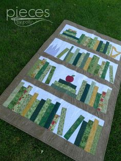 Pieces by Polly: Teacher's Retirment Book Quilt & a Giveaway