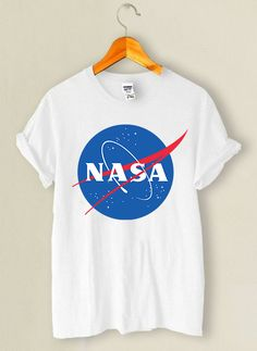 Nasa T Shirt This t-shirt is Made To Order, one by one printed so we can control the quality. Lange T-shirts, Outfits For Teens, Cool Outfits, Nasa Clothes, Tumblr Outfits, Ellesse, Winter Fashion Outfits, Sweater Shirt, Cool Shirts