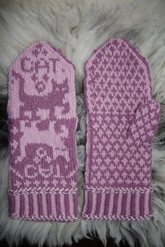 """Ravelry: Cat Mittens """"Cat Narcissusa"""" pattern by Connie H Design"""