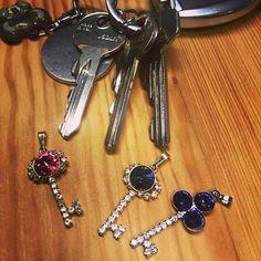 Máte od všeho klíče? Nyní v e-shopu... #ceske_koralky.cz #swarovski #rivoli #rucnivyroba #koralky #kliceodvseho