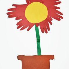 Flower Made From Traced Hands Preschool Craft