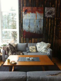 Photos on the wall: Rune Nylund Larsen  Sofa: IKEA  passelig dose