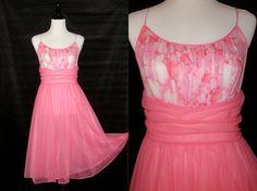 174d7beeb37 Vintage Vanity Fair Nightgown Pink Nightgown