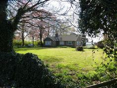 3 bedroom detached bungalow for sale in Selby Road, Thorne, Doncaster - Rightmove.