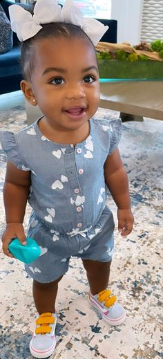 Cute Mixed Babies, Cute Black Babies, Cute Little Baby, Cute Babies, Little Babies, Black Baby Girls, Black Kids, Swag Outfits For Girls, Little Girl Outfits