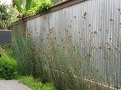 How to Pick a Nice Wall for Your Garden Room Made by hand, prefab or growing from the ground, garden walls are key landscaping elements. He...