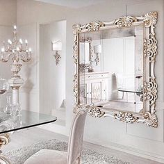 Decorative Mirrors From India - Mirror Decorating Ideas decorative mirrors dining room - Dining Room Decor Decoration Chic, Decoration Inspiration, Decor Ideas, Interior Desing, Interior Decorating, Decorating Ideas, Room Interior, Plafond Design, Beautiful Mirrors