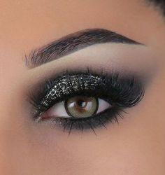 30 Eye Makeup Looks That'll Blow You Away - Page 20 of 30 - Ninja Cosmico