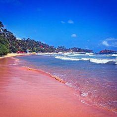 Lovely beach of Sri Lanka  #srilanka #nature #safari #beach #reise #travel #traveling #reiseblog