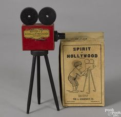 Schoenhut Spirit of Hollywood painted wood camera, in its original box, 6 h. Antique Toys, Vintage Toys, Vintage Antiques, Camera Photography, Vintage Photography, Antique Auctions, Vintage Cameras, Tripod Lamp, Classic Toys