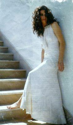 White Dress, Singer, Wedding Dresses, Music, Fashion, Moda, Bridal Dresses, White Dress Outfit, Alon Livne Wedding Dresses