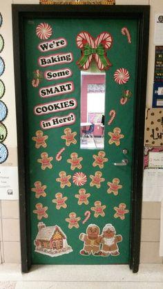 Gingerbread door - Decoration For Home Christmas Bulletin Boards, Christmas Classroom Door, Preschool Christmas, Christmas Crafts For Kids, Classroom Window, Future Classroom, Daycare Crafts, Classroom Crafts, Preschool Crafts