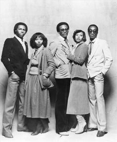 MUSIC THROWBACK: LE FREAK, CEST CHIC   1978 The supreme disco band, Chic, led by Nile Rodgers (far left) and Bernard Edwards (center).