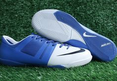 Nike GS Green Speed IC Mens Indoor Soccer Cleats With White Blue Black