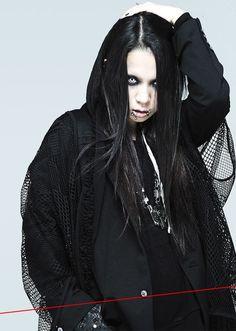 Naoto, man she so cute ; Androgynous Fashion, Gyaru, Yukata, Visual Kei, Gothic Lolita, New Look, Most Beautiful, Cool Outfits, Fashion Photography