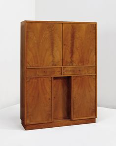 View Cabinet by Pierre Chareau on artnet. Browse upcoming and past auction lots by Pierre Chareau. Art Deco Furniture, Cabinet Furniture, Cool Furniture, Furniture Design, Reclaimed Furniture, French Country Decorating, Architect Design, Mid Century Design, Art Deco Fashion