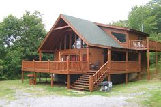 view of front of log cabin named aw paw's place a 1 bedroom cabin rental located in pigeon forge Wooden House Design, Bamboo House Design, Rustic Home Design, Hut House, House Deck, Tiny House Cabin, Modern Tropical House, Narrow House Designs, Pigeon Forge Cabin Rentals
