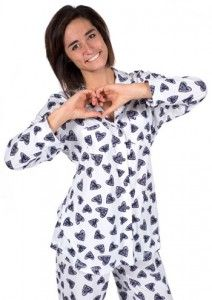 "Love + Grace ""Hearts"" Women's Pajama Set in Navy and White $98 - SHOP http://www.thepajamacompany.com/store/18839.html"