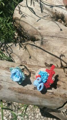 Anelli fatti interamente a mano cotone e filo firmate borseefilati crochet ganchillo knitting uncinetto bijou bigiotteria medaglione collana collar anelli