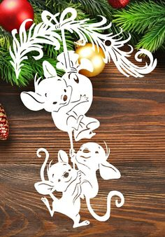 Snowdrops pattern stencils snowflakes # nailgasm DIY Wood Signs hybridnails p Christmas Hacks, Christmas Crafts, Large Christmas Baubles, Christmas Ornaments, Welcome Wood Sign, Christmas Window Decorations, Christmas Stencils, Diy Wood Signs, Newspaper Crafts
