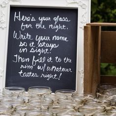 Holding a zero-waste party: keep your glass for the night!