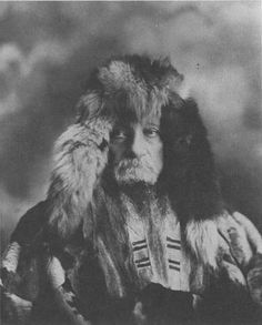 """Captain Billy Moore. In June of 1887, Skookum Jim, a Tlingit packer from Dyea and Tagish, lead Captain Moore over a new pass to the Skaqua river valley. In October, Moore returned with his son, Bernard, to lay claim to 160 acres in the valley floor and begin work on a cabin and dock, calling the place Mooresville. Ten years later, the steamships Excelsior and Portland arrived in San Francisco and Seattle with the famed """"Ton of Gold,"""" setting off the Klondike Gold Rush."""