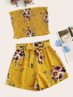 To find out about the Floral Print Shirred Tube Top With Belted Shorts at SHEIN, part of our latest Two-piece Outfits ready to shop online today! T Shorts, Belted Shorts, Boho Shorts, Summer Fashion Outfits, Outfits For Teens, Cute Outfits, Two Piece Outfit, Clothing Co, Fashion News